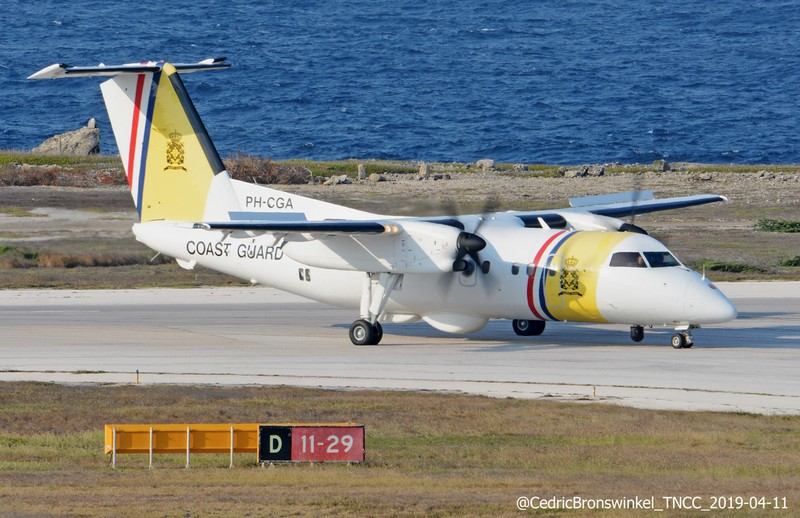 dash 8 cga bronswinkel author