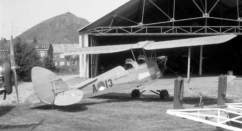 dehavilland tigermoth lvk 1