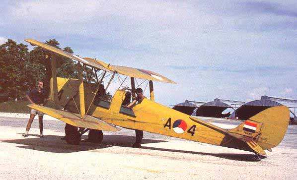 dehavilland-tigermoth-mindef-arc